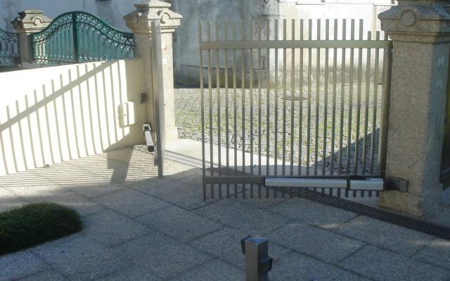 Portão em Inox